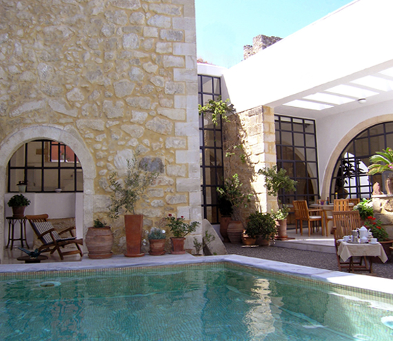 Villa Maroulas, Luxury Holiday Accommodation in Crete