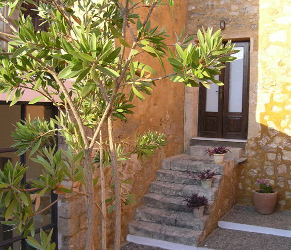 Villa Maroulas, Luxury Holiday Accommodation - Location